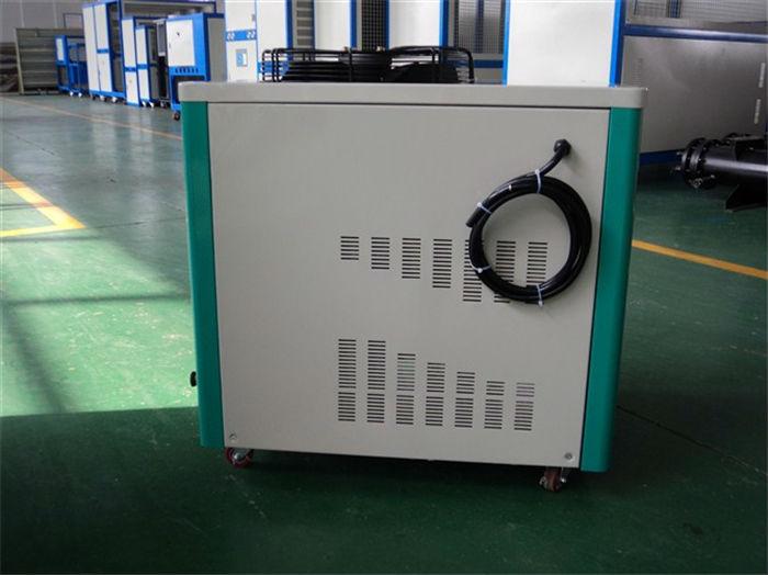 供应零下15度箱式冷水机